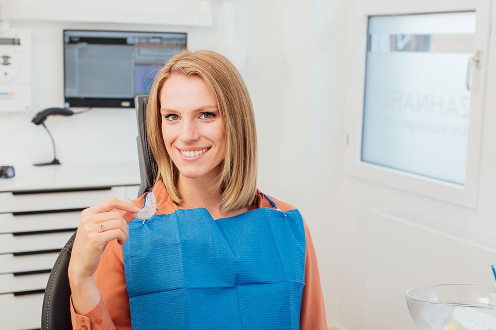 Ästhetische Zahnheilkunde Vaihingen - Zahnarzt Wenninger - unsichtbare Schienen