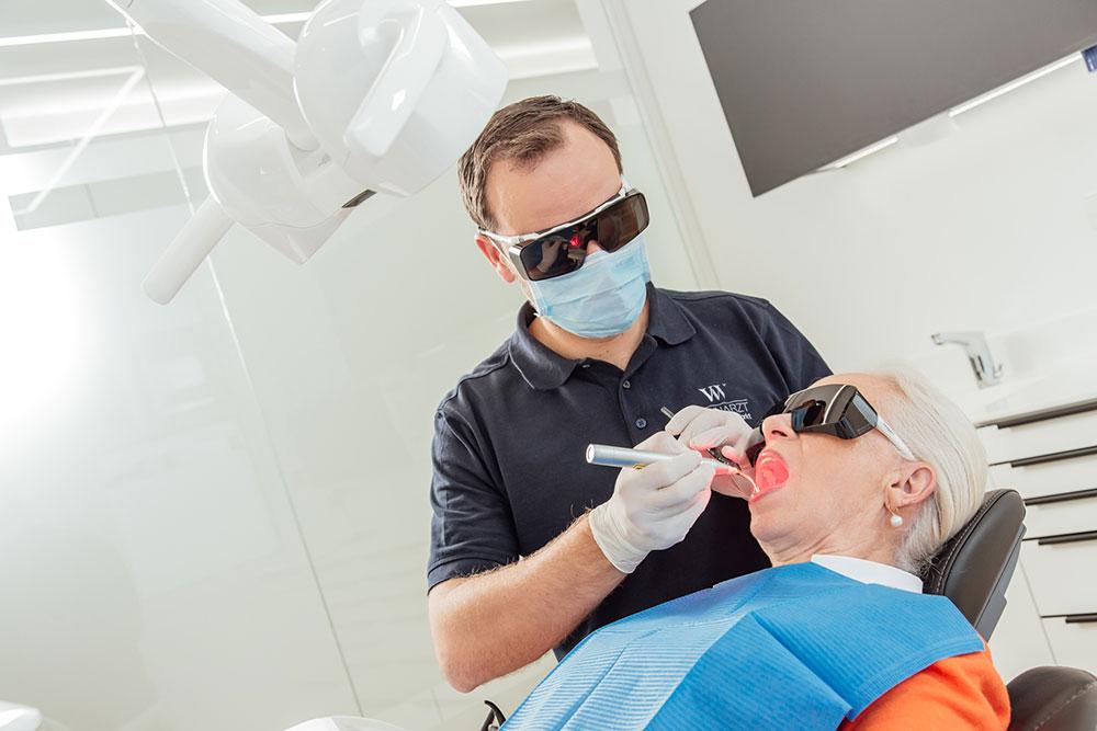 Zahnarzt Vaihingen - Wenninger - Leistungen - Parodontologie